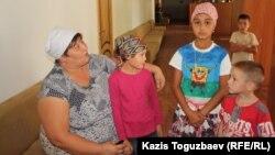 Дети из приюта отца Софрония. Алматинская область, 3 сентября 2013 года.