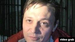 """Қозоғистондаги """"Взгляд"""" мустақил газетаси бош муҳаррири И.Винявский, Олмаота, 2012 йил 15 март."""