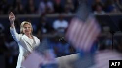 هیلاری کلینتون، نامزد رسمی حزب دمکرات برای ریاست جمهوری آمریکا در هشتم نوامبر امسال.