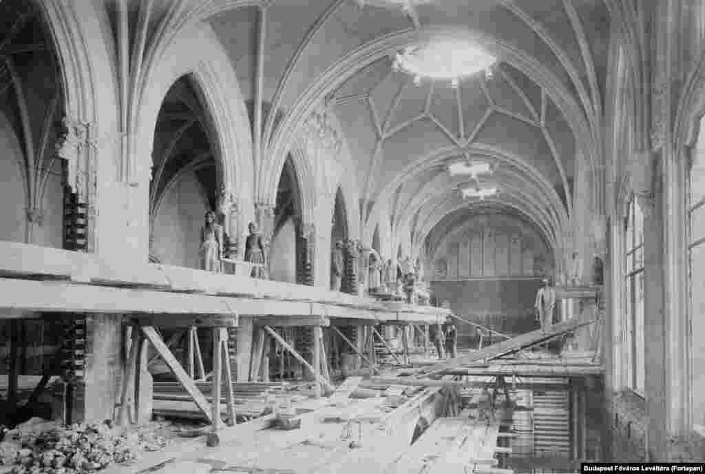 Реконструкция здания Министерства финансов в Будапеште, недалеко от Будайского замка, 1903 год