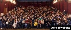 Кіно па-беларуску ў кінатэатрах — «Беларускія ўікэнды». Фота са старонкі краўдфандынгу праекту