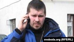 Алесь Дзянісаў, вакадіст гурту