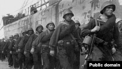 Морська піхота сходить на берег у Севастополі