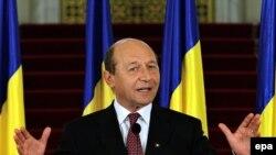 Траян Басеску