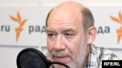 """Георгий Сатаров - один из подписантов заявления """"за честные выборы"""""""