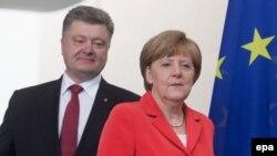 Petro Poroshenko və Angela Merkel