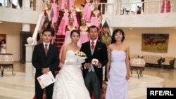 Торжественная церемония бракосочетания. Алматы, 8 августа 2008 года.