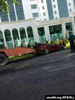 Bobur Usmonovning avariyaga uchragan avtomobili.
