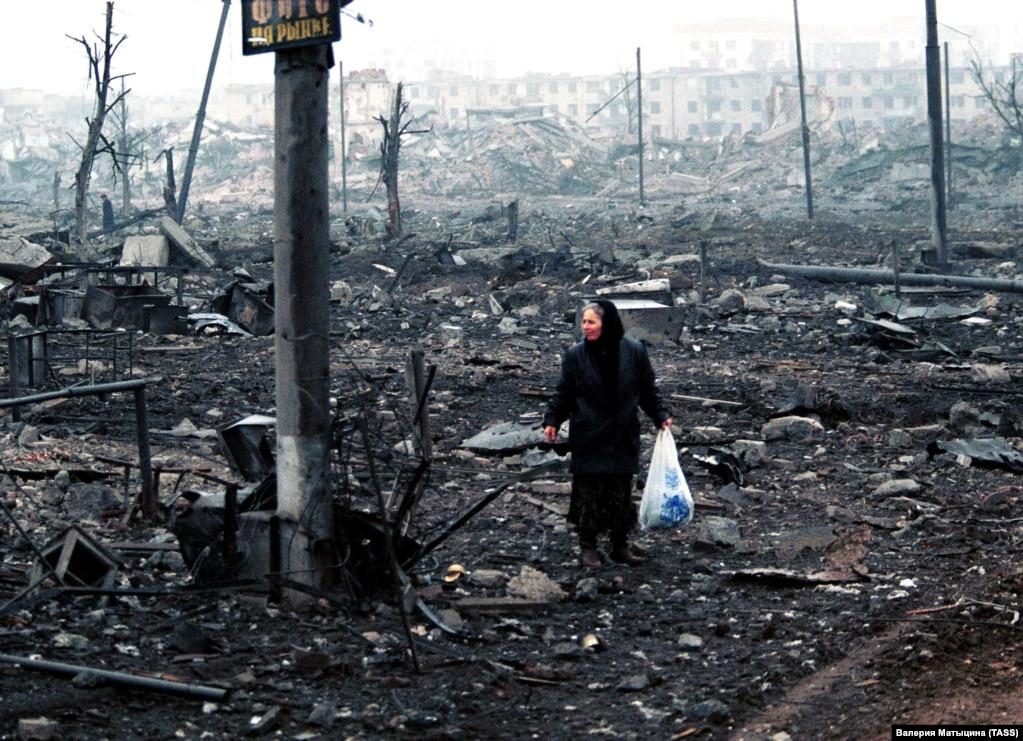 Соғыс кезінде Грозный қаласы қатты қирады.