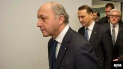 Еуропа Одағы сыртқы істер министрлері келіссөздерден шығып барады. Киев, 20 ақпан 2014 жыл.