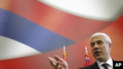 Serbia -- President Boris Tadic speaks at a press conference in Belgrade, 11May2011