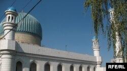 Центральная мечеть в Алматы.