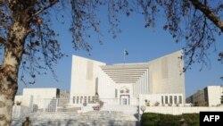 د پاکستان سترې محکمې د څلورو بندیانو د وژنې په اړه د آی ایس آی مشر جنرال شجاع پاشا ته هم نوټس ورکړی دی.