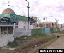 """Мечеть """"Абиш-ата"""", Астана, 17 мая 2012 года."""
