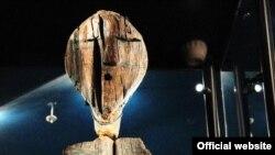 Голова Большого Шигирского идола