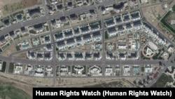 Пригород Ашгабата, где снесены частные дома и возведены спортивные объекты к Азиаде. Фото со спутника.