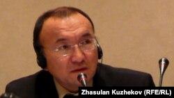 Almaty Management University президенті Асылбек Кожахметов.