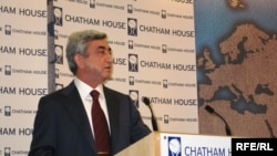 UK -- Armenian President Serzh Sarkisian delivers a speech in Chatham House, London, 10Feb2010