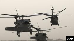 Bagdad - helikopteri u kojima je i američki potpredsednik Džozef Bajden, 30 avgust 2010