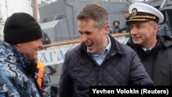 Ministrul apărării Gavin Williamson la Odesa în decembrie 2018