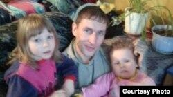 Vyacheslav Abdullin və qızları