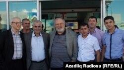 Рустам Ибрагимбеков в Тбилиси (в центре)
