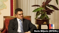 Vuk Jeremic, Serbian Foreign Minister, told the Security Council his government would not encourage Kosovo's Serbs to vote in next month's elections in the territory.