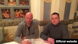 Директор Российской федерации баскетбола Дмитрий Домани и президент Федерации баскетбола Крыма Михаил Пыхтеев.