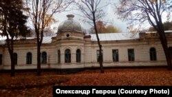 Маєток Лизогубів у селищі Седневі на Чернігівщині