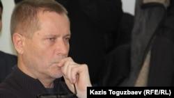 Журналист и правозащитник Сергей Дуванов. Алматы, 28 января 2015 года.