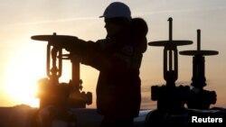 С минимумов, отмеченных в конце января, цены на нефть к концу года выросли вдвое