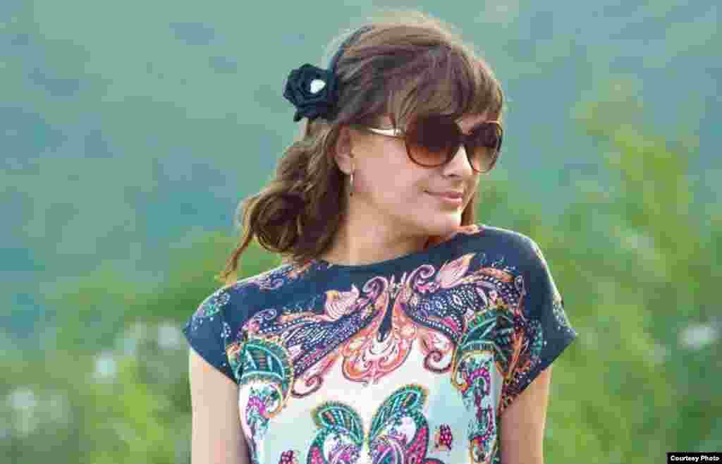 МАКЕДОНИЈА - Одбројување на Фросина Пармаковска е добитник на наградата Роман на годината за 2017 година. Романот е објавен од издавачката куќа Или-Или, а наградата ја доделува Фондацијата за промоција и унапредување на културните вредности Славко Јаневски.