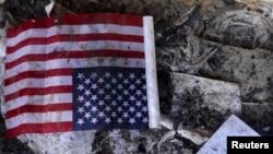 На руинах здания, где было консульство США в Бенгази