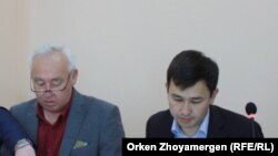 Сейтказы Матаев жана уулу Асет Матаев.
