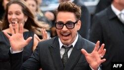 "Robert Downey ""Iron Man 3"" filminin premyerasında, London, 18 aprel 2013"