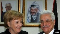 Редкий западный гость доберется до офиса палестинского президента. Ангела Меркель у Махмуда Аббаса