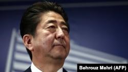 Kryeministri japonez, Shinzo Abe, foto nga arkivi