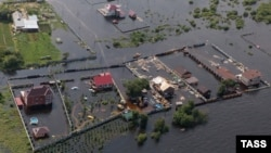 Затоплене село в Амурській області Росії, 12 серпня 2013 року