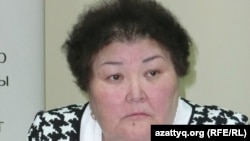 «Ар-намыс» бірлестігінің төрайымы Ғалия Әміртаева. Алматы, 12 сәуір 2012 жыл.