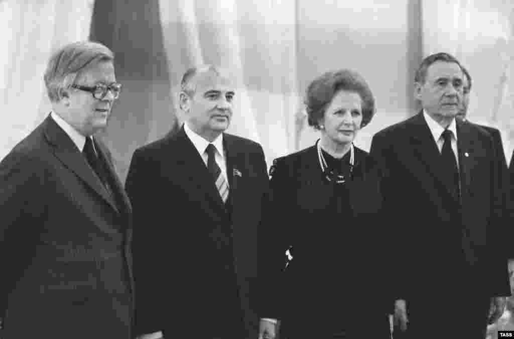 Джефри Хау, министр иностранных дел Великобритании, Михаил Горбачев, Маргарет Тэтчер и Андрей Громыко - переговоры в Кремле, март 1985-го