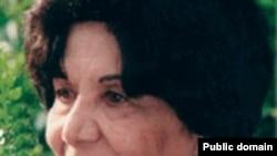 ژاله اصفهانی، شاعر مهاجر ايرانی، پنج شنبه شب در بيمارستانی در لندن درگذشت.