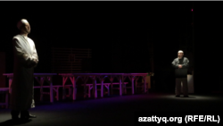 «Жаннат» спектаклінен көрініс. Орал, 31 мамыр 2015 жыл.