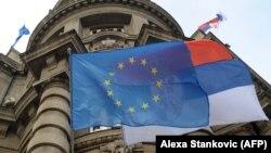 Zastava Evropske unije i Srbije, Beograd