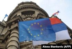 Beograd tvrdi, međutim, da je Vlada Kosova redovno obaveštavana (Foto: zgrada Vlade Srbije)