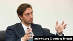 Ministri i Shëndetësisë, Uran Ismaili.