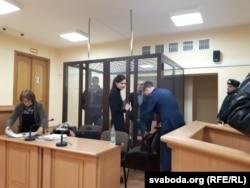 Падчас суду над Аланам Сьмітам, архіўнае фота
