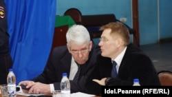 Тыгин и Дементьев (слева)