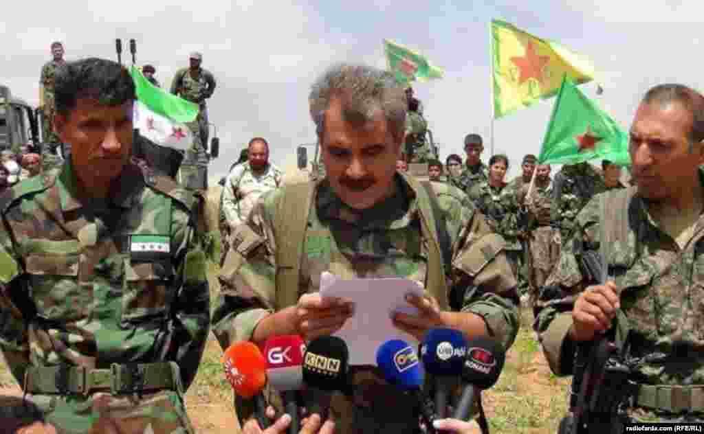 شرفان درویش سخنگویائتلاف «نیروهای دمکراتیک سوریه»:، که از جنگجویان کُرد و عرب تشکیل شده است، خبر از تصرف شهر میدهد