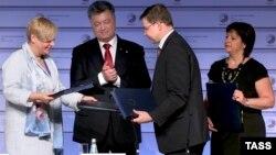 Լատվիա - Եվրահանձնաժողովի և Ուկրաինայի միջև հուշագրի ստորագրման արարողությունը, Ռիգա, 22-ը մայիսի, 2015թ․