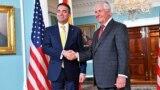 Средба на министерот за надворешни работи Никола Димитров со Државниот секретар на САД, Рекс Тилерсон.